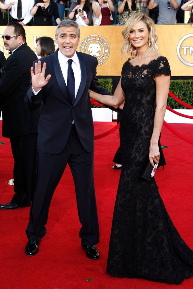 Dame, pozor: Clooney je spet samski!