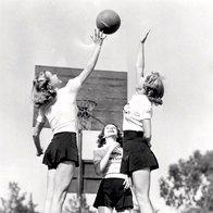 Kratke hlače sprejemljive za šport ... (foto: Getty Images, Shutterstock.com, promocijsko gradivo in arhiv Elle)