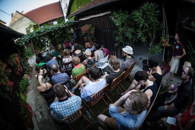 Žlahtna poezija in dobra kapljica vabita na Ptuj - Foto: Študentska založba