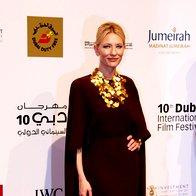 Foto: Cate Blanchett elegantna v Valentinu (foto: Profimedia)