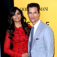 Matthew McConaughey z ženo Camilo