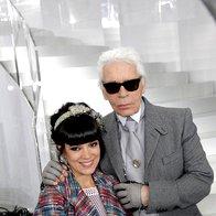 Lily Allen in Karl Lagerfeld na reviji Chanel (foto: Profimedia)