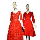 PETDESETA: Zaznamovala jih je Diorjeva new look silhueta, ki so jo Američanke oboževale, njihovi oblikovalci, kot je Anne Fogarty, pa vzeli za svojo. (foto: promocijsko gradivo the museum at fit)