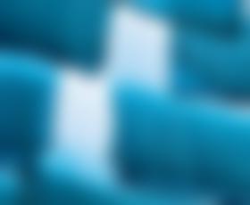 Almira Sadar se bo predstavila s kolekcijo Modra barva zamenja črno