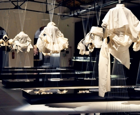 Kultni trend bele srajce