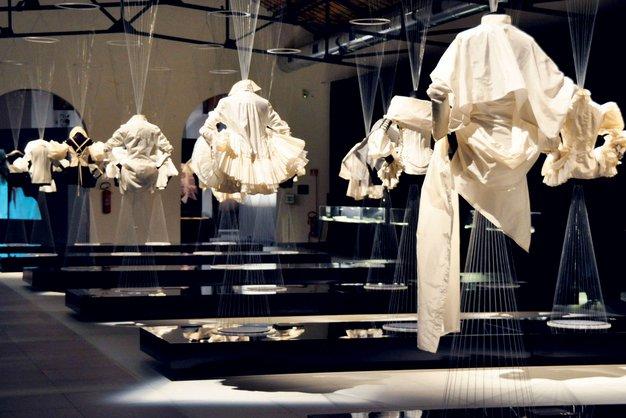 Kultni trend bele srajce - Foto: imaxtree, profimedia