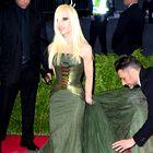 Foto: (Preveč) drzni stilisti slavnih?