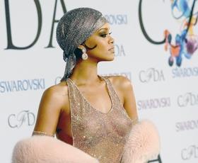 Foto: Rihanna, izzivalna modna ikona