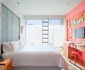 Dizajnerski hoteli: Grški oddih z veliko sloga