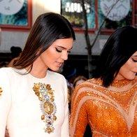 Foto: Oblegani Kendall in Kylie Jenner (foto: Profimedia)