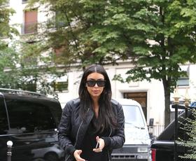 """Foto: Pariški """"šoping"""" Kim Kardashian pri Valentinu"""