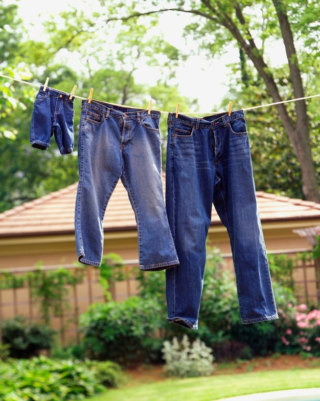Kako podaljšati življenje svojemu džinsu - Foto: profimedia