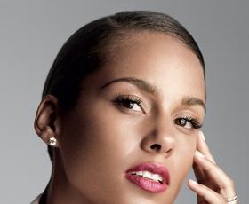 """Alicia Keys: """"Lepa oseba si, ko se lepo vedeš"""""""