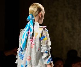 Z Moroccanoil do pričesk z Milanskega tedna mode