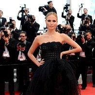 Natasha Poly leta 2014 na rdeči preprogi filmskega festivala  v Cannesu (foto: Profimedia)