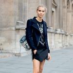 Modna urednica priporoča kombinacijo elegance in superg (foto: Windschnurer, imaxtree)
