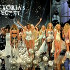 Po modni brvi so se sprehodili angelčki Victoria's Secret