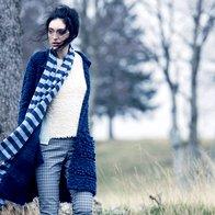 Jopa Max & Co., 193 €; pulover Max & Co., 109 €; hlače Luisa Spagnoli, 155 €; šal Weekend Max Mara, 108 €. (foto: Mimi Antolović)