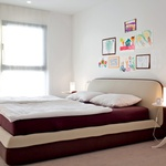 Rdeča nit minimalistično oblikovane notranje opreme so naravni materiali in prav takšni barvni odtenki. (foto: Fulvio Grissoni)