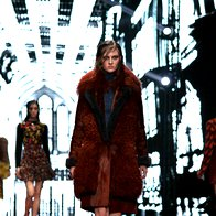 Just Cavalli v Milanu presenetil s kolekcijo jesen/zima 2015 (foto: profimedia)
