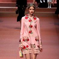 Milano Fashion Week: D&G sta novo kolekcijo namenila prav posebnim ženskam (foto: profimedia)
