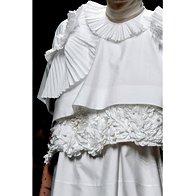 Modni kosi jesenskih kolekcij, ki jih lahko kombiniramo z aktualnimi (foto: Profimedia)