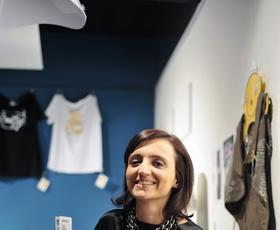Makedonska oblikovalka Irina Tosheva je inspiracijo za svojo kolekcijo »Enchalon« črpala iz vode