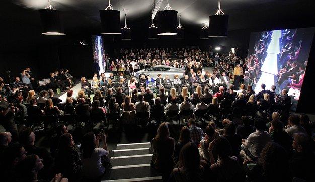 Izjave obiskovalcev na ponedeljkovi modni reviji #LJFW - Foto: Danijel Čančarević