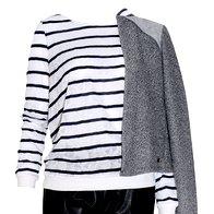 Hlače Sisley, 64,95 €, majica Only, 19,99 €, jakna Tommy Hilfiger, 119,99 € (foto: Helena Kermelj, Imaxtree, promo)