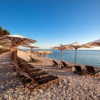 Obala (foto: Kempinski Hotel Adriatic, Alberi)