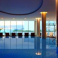 Notranji bazen (foto: Kempinski Hotel Adriatic, Alberi)