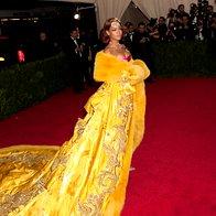 Rihanna - Guo Pei (foto: profimedia)