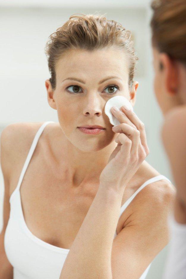 4 vsakdanji nepridipravi, ki dražijo kožo na obrazu - Foto: profimedia