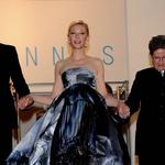 Cate Blanchett v kreaciji Gilesa Deacona (foto: profimedia)