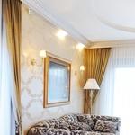 Anitin najljubši kavč znamke Bretz, ljubkovalno imenovan tudi Francesca (foto: Mateja Jordović Potočnik)