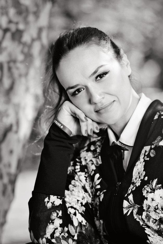 Osebno: Alenka Košir - Foto: Jaka Koren, Aljoša Rebolj, shutterstock in osebni arhiv
