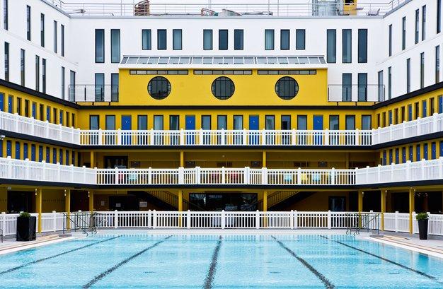 Hotel Molitor, kjer je umetnost življenja uživanje v bazenu - Foto: promocijski materijal
