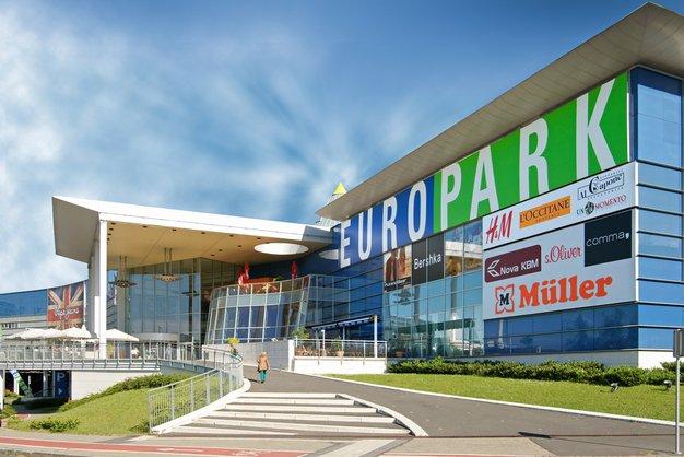 Europarkovih 15 let po zadnjih modnih trendih - Foto: Europark