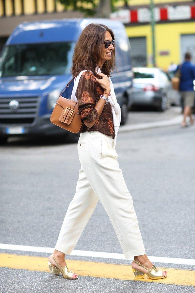 Kako se to poletje nosijo bele hlače? - Foto: profimedia