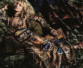 Kate Moss v čutni kampanji za Etro