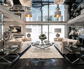 Glamurozno londonsko stanovanje na obrobju Hyde Parka
