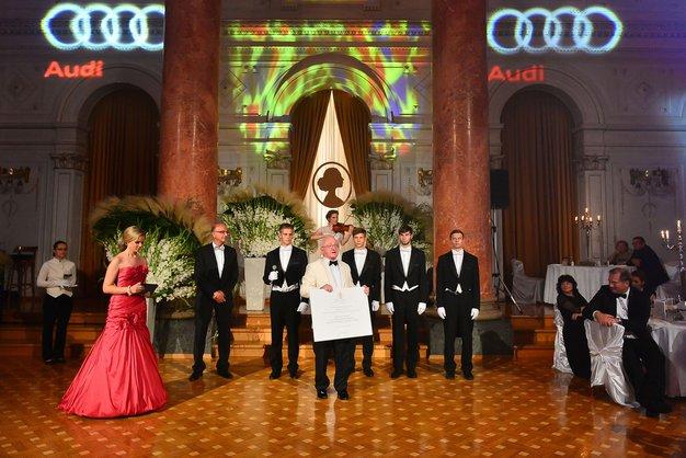 Utrinki iz jubilejnega 180-ga Aninega plesa - Foto: Media speed