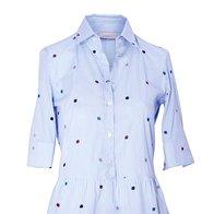 Srajčna bluza Marella, 102 €, Bermuda hlače Weekend Max Mara, 119 € (foto: Windschnurer, Imaxtree, promocijsko gradivo)