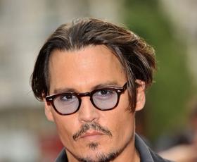 Johnny Depp prodaja svojo vas v Provansi