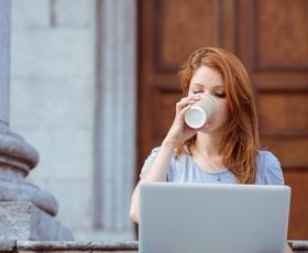 Prijave za 1. konferenco (lepotnih) blogerk odprte!