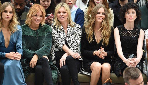 Znane britanke so obiskale modno revijo Burberry Prorsum