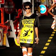 MFW pomlad/poletje 2016: Moschino ostaja Moschino (foto: profimedia)