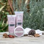 Končno trendi naravna kozmetika z ekološkim certifikatom po dostopni ceni tudi pri nas! (foto: Organic Surge)