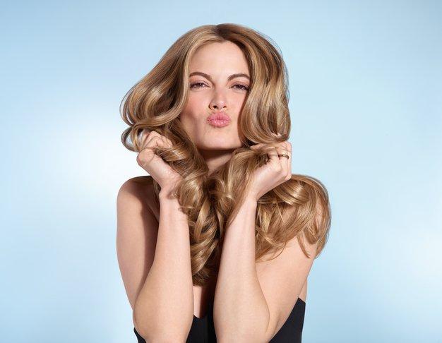 5 nasvetov mednarodne stilistke za večji volumen las - Foto: Nivea