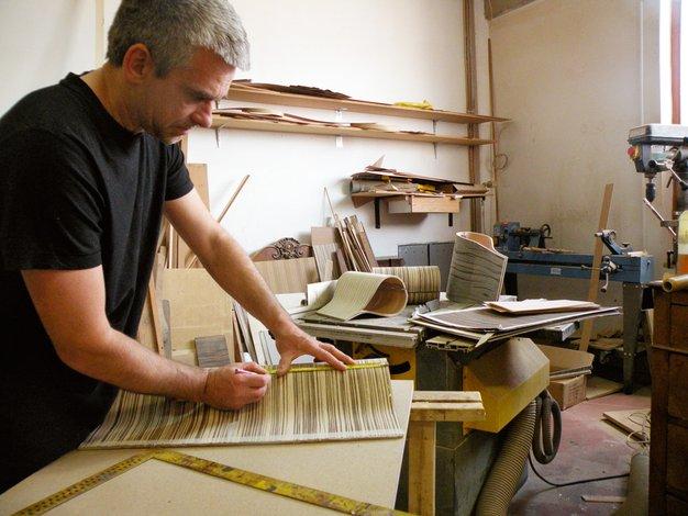 Wooditbe: Slovenec Tomaž Lipovec navdušuje z lesenimi torbicami - Foto: Bojan Mihalič in osebni arhiv